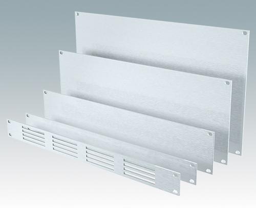 Standard-19-Zoll-Frontplatten