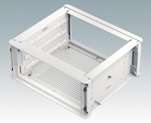 Internes Chassis mit zusätzlichen Führungen für Einschub-Leiterplatten